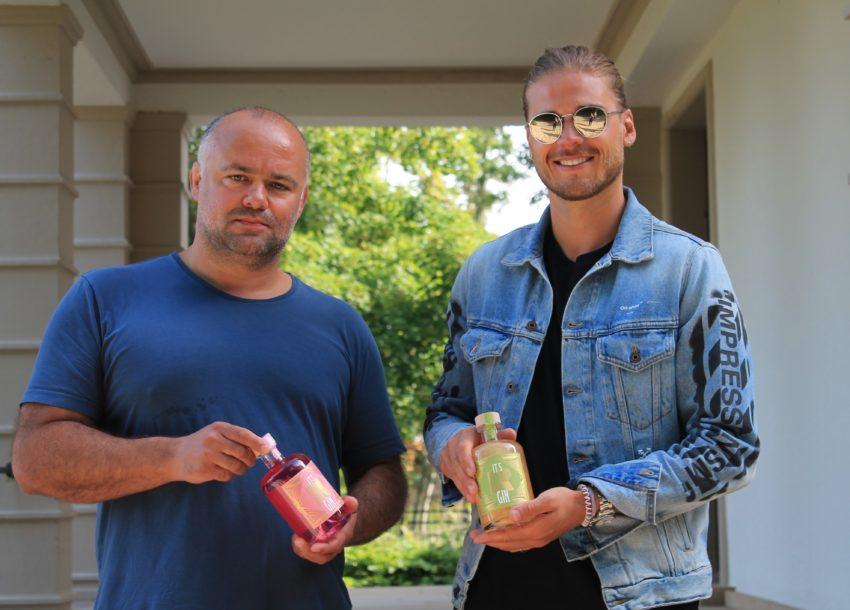 Markus Wirth und Rúrik Gíslason bringen eine eigene Gin-Marke auf den Markt